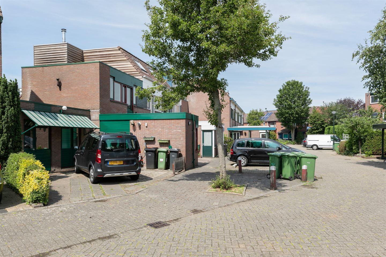 Bekijk foto 2 van Waardijnstraat 48