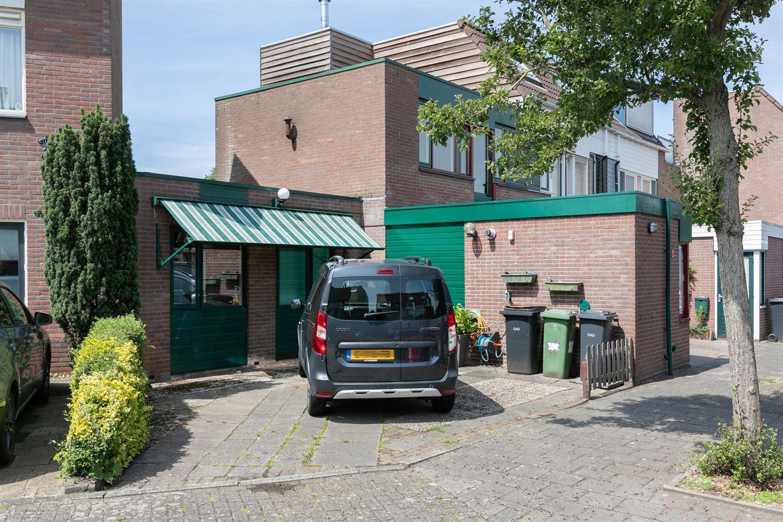 Bekijk foto 3 van Waardijnstraat 48