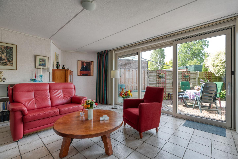 View photo 6 of Waardijnstraat 48