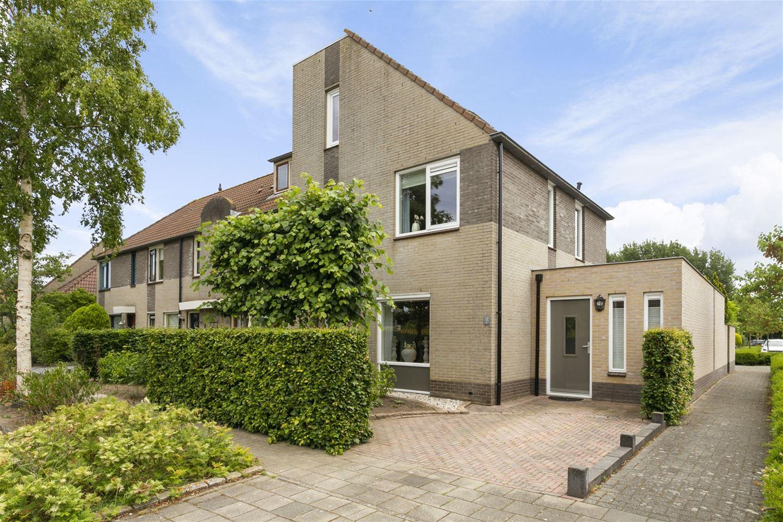 Bekijk foto 1 van Corlaerstraat 24