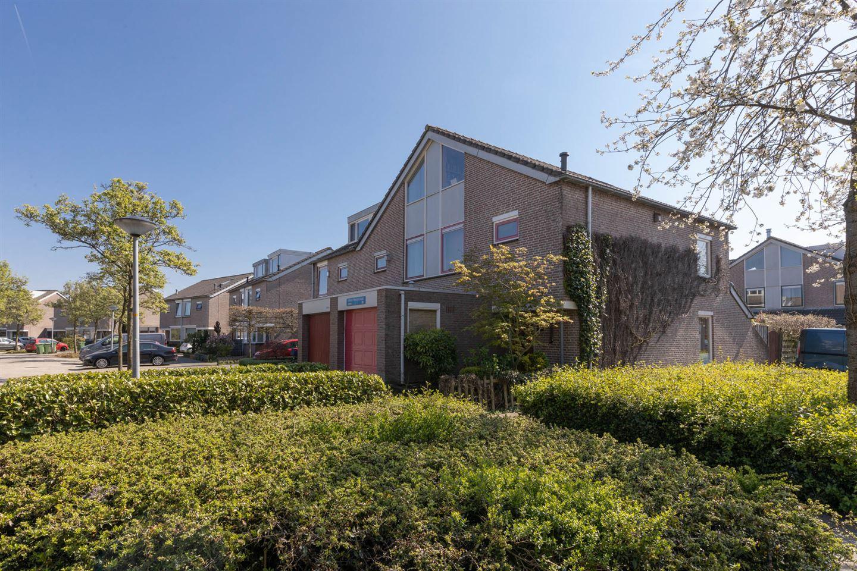 Bekijk foto 3 van Alban Bergstraat 51
