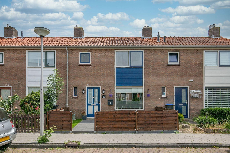 Bekijk foto 1 van Trompstraat 11