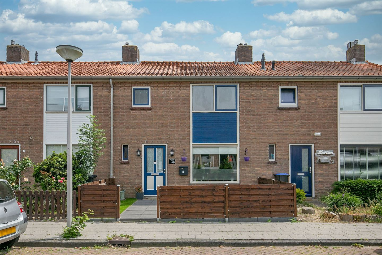 Bekijk foto 7 van Trompstraat 11