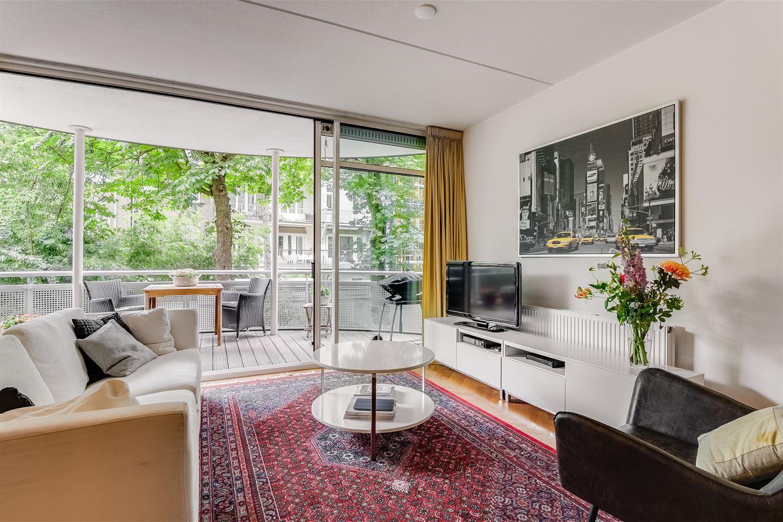 Bekijk foto 3 van Pieter de Hoochstraat 7 B
