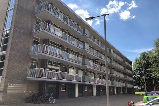 Bekijk foto 3 van Van Borselenstraat 120