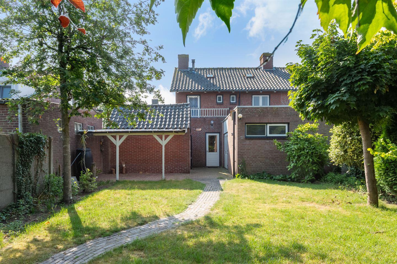 Bekijk foto 6 van Min. Ruys de Beerenbrouckstraat 11