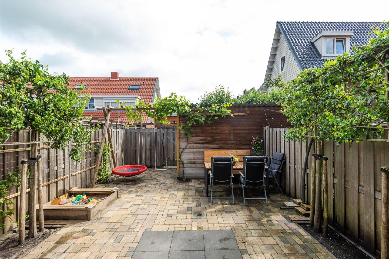 Bekijk foto 2 van Fop Smitstraat 63