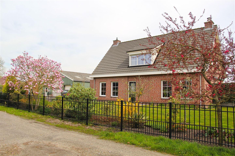 View photo 3 of Beatrixweg 32