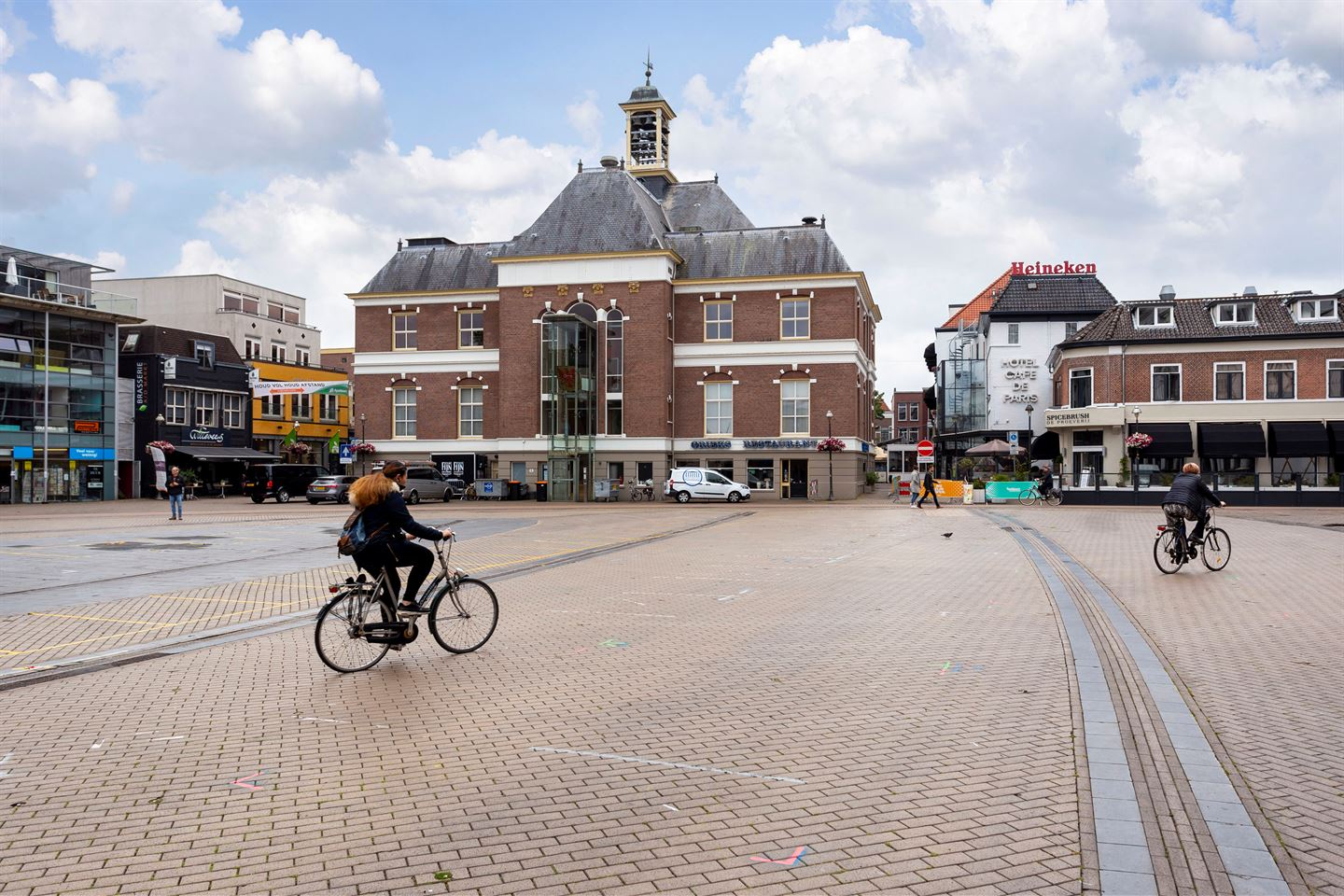 View photo 5 of Stationsstraat 275