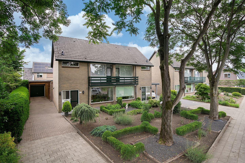 Bekijk foto 1 van Kornet van Limburg Stirumstraat 68