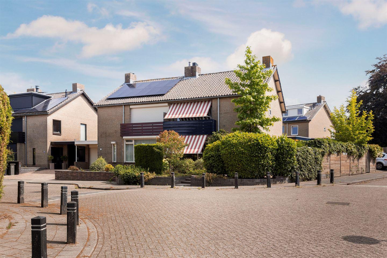 View photo 1 of Koningslaan 2