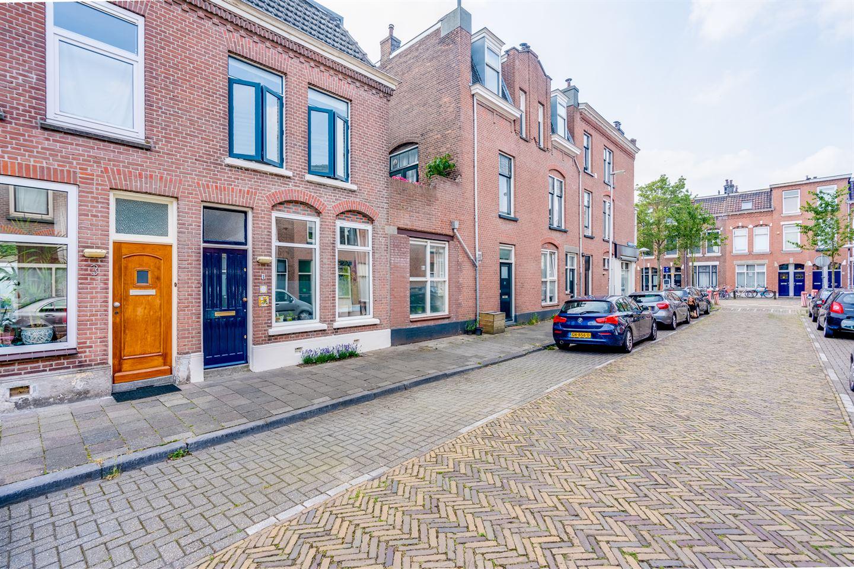 Bekijk foto 2 van Van Limburg Brouwerstraat 1