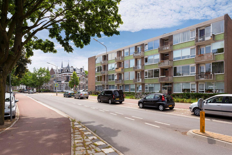 Bekijk foto 2 van Mr. Franckenstraat 64