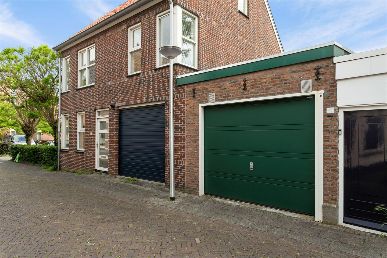 Bekijk foto 3 van Van Karnebeekstraat 70