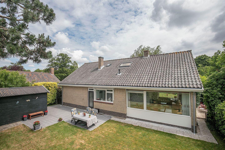 Bekijk foto 2 van van Limburg Stirumlaan 9