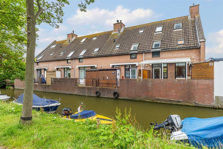 Amalia van Solmsstraat 56