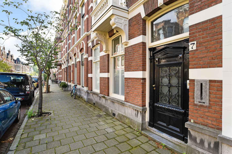 Bekijk foto 2 van Nassau Dillenburgstraat 7