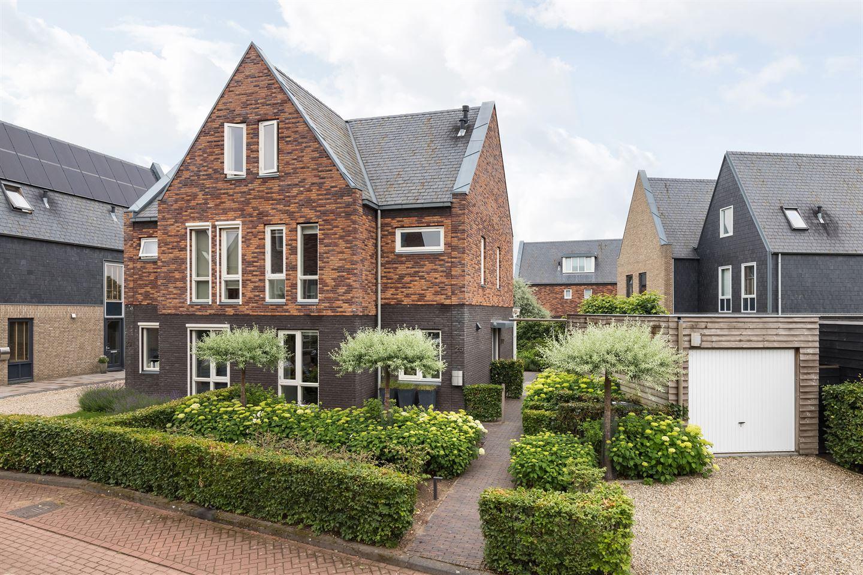Bekijk foto 1 van Timmerhout 25