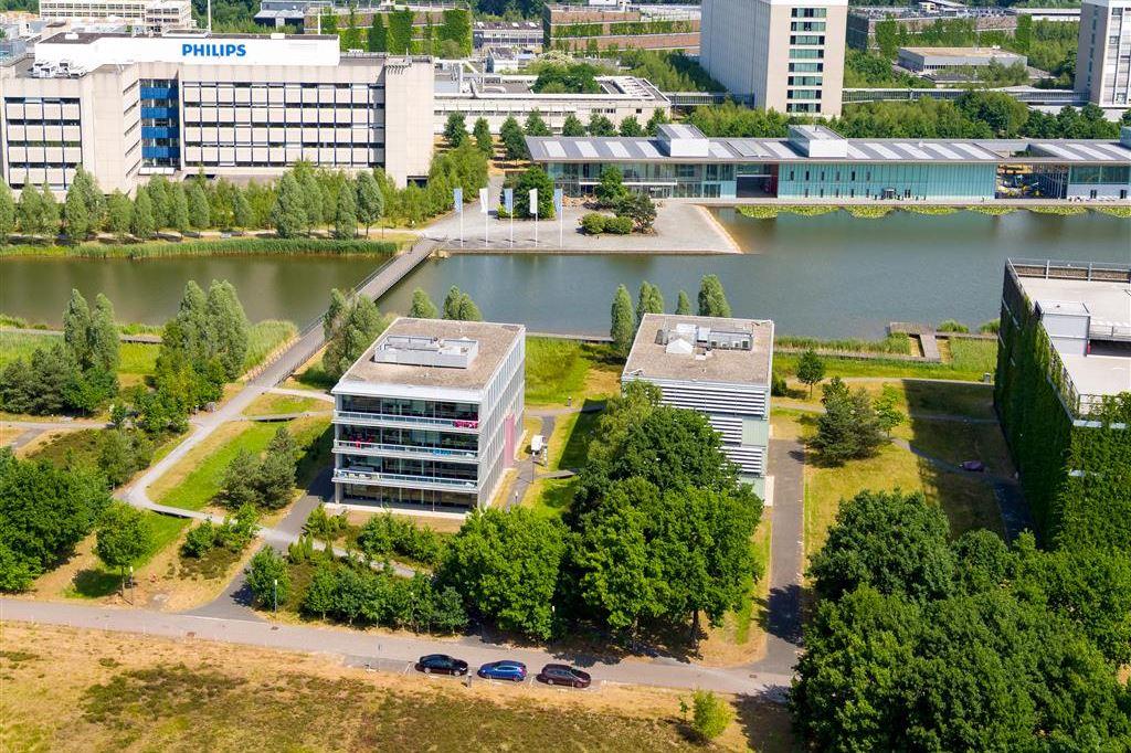 Bekijk foto 4 van High Tech Campus