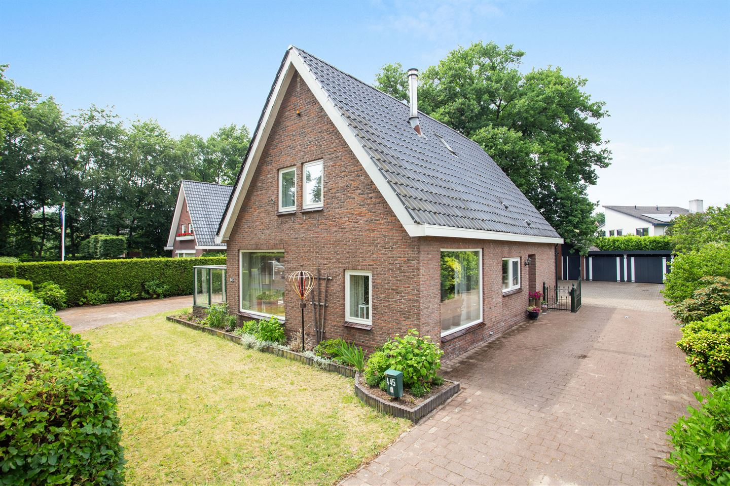 View photo 3 of Deventerstraat 445