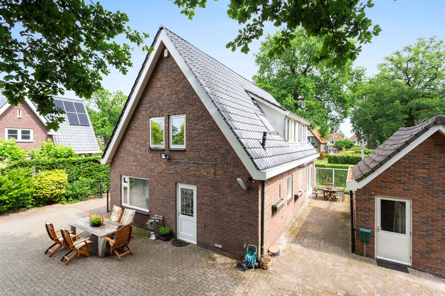 View photo 4 of Deventerstraat 445