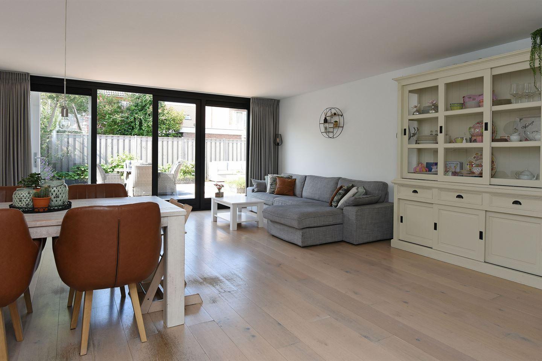 Bekijk foto 2 van Willem Pauwstraat 16