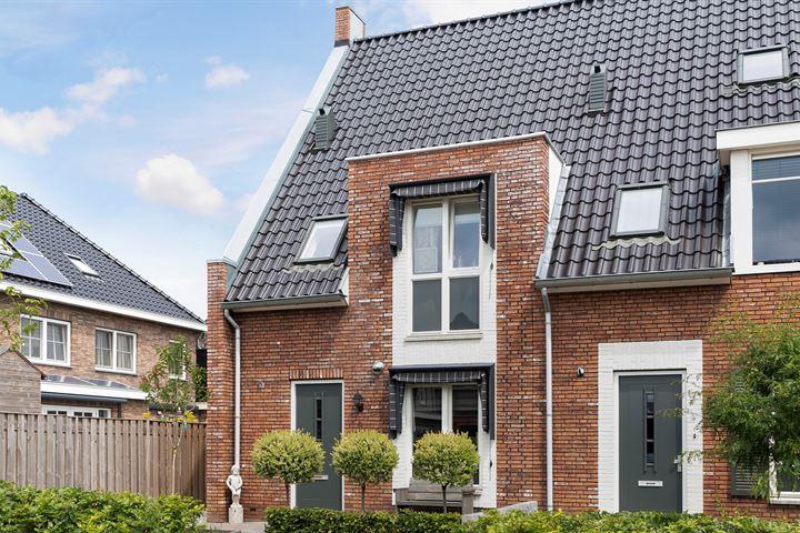 Meester N J van Riemsdijkstraat 1