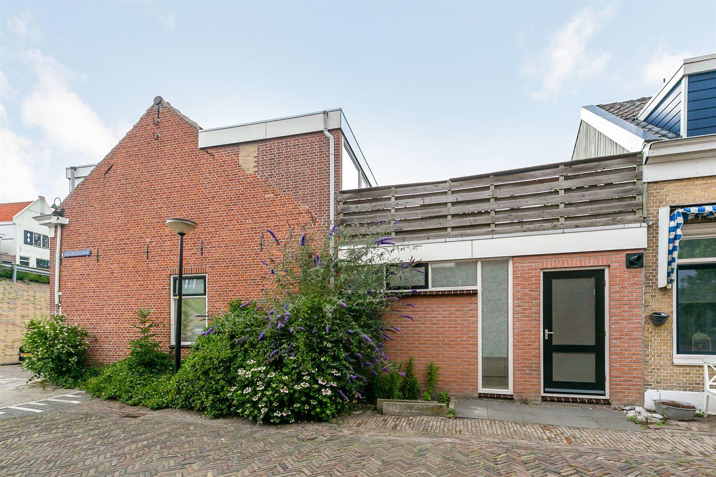 Bekijk foto 2 van Van der Horststraat 13