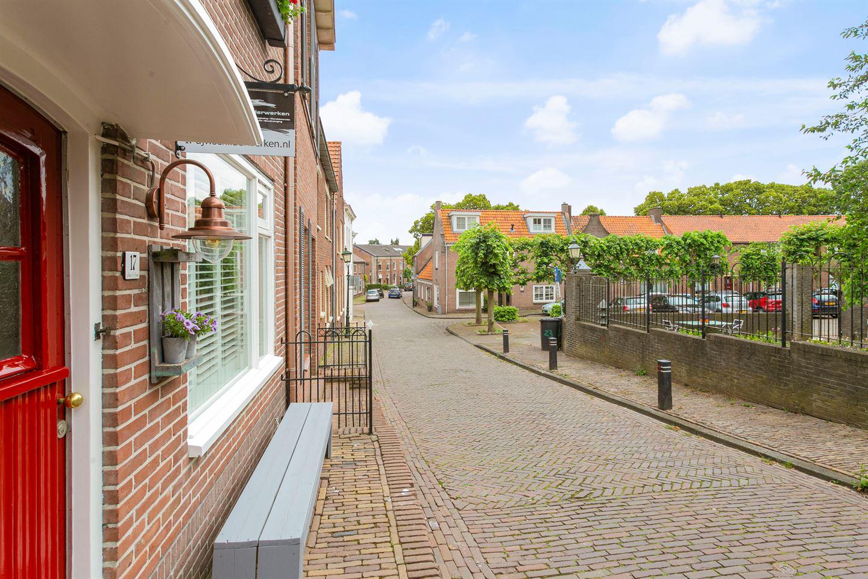 View photo 1 of Rijnstraat 17