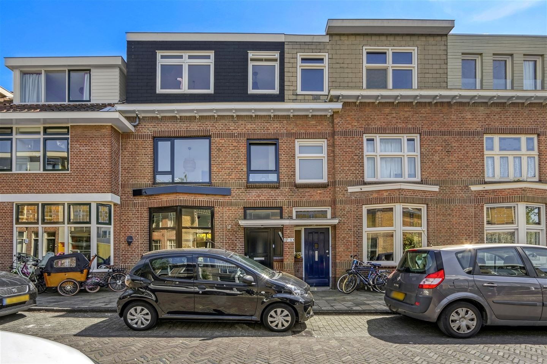 Bekijk foto 1 van Frans van Mierisstraat 7