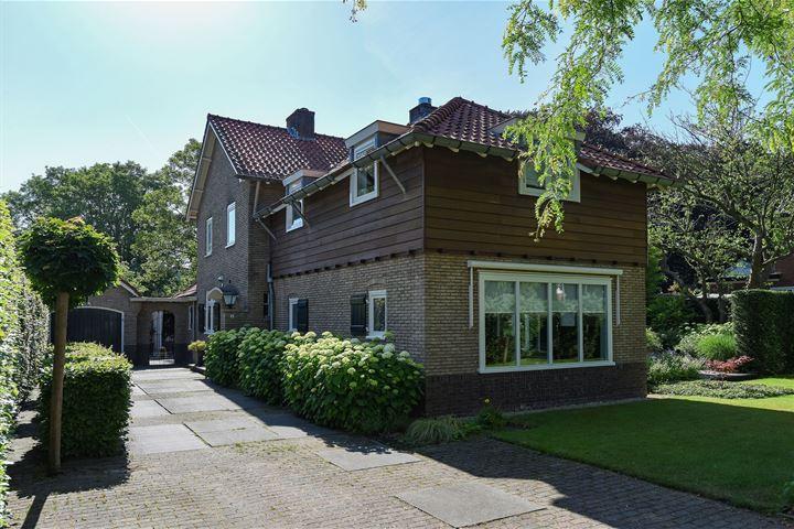 P.C. Hooftweg 10