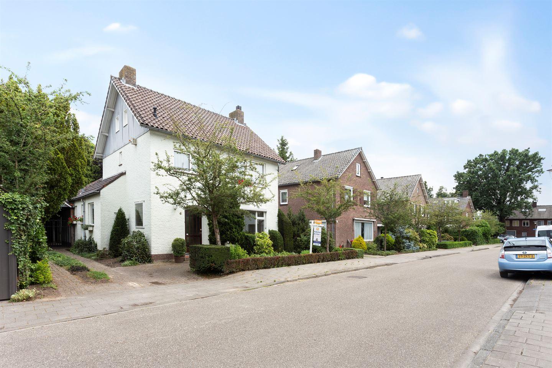 Bekijk foto 1 van Mathijssenstraat 6