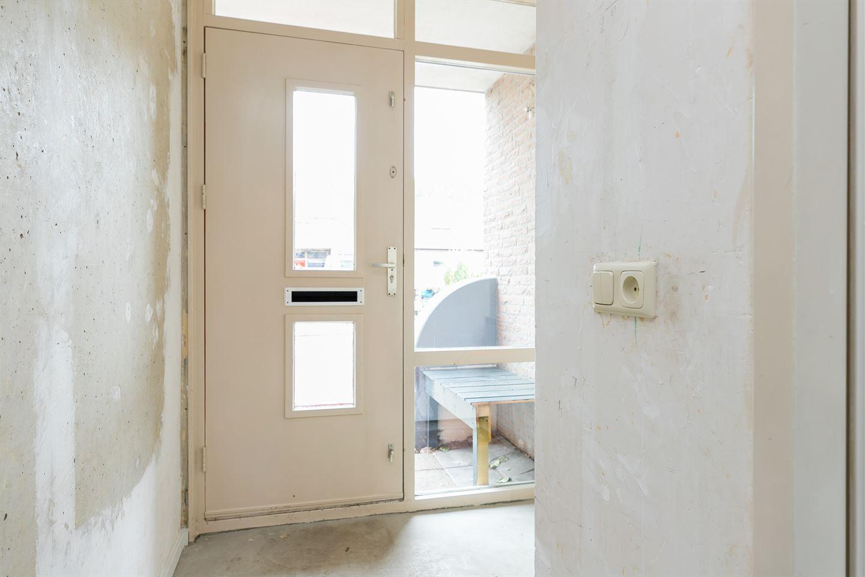 Bekijk foto 4 van Boedapeststraat 13