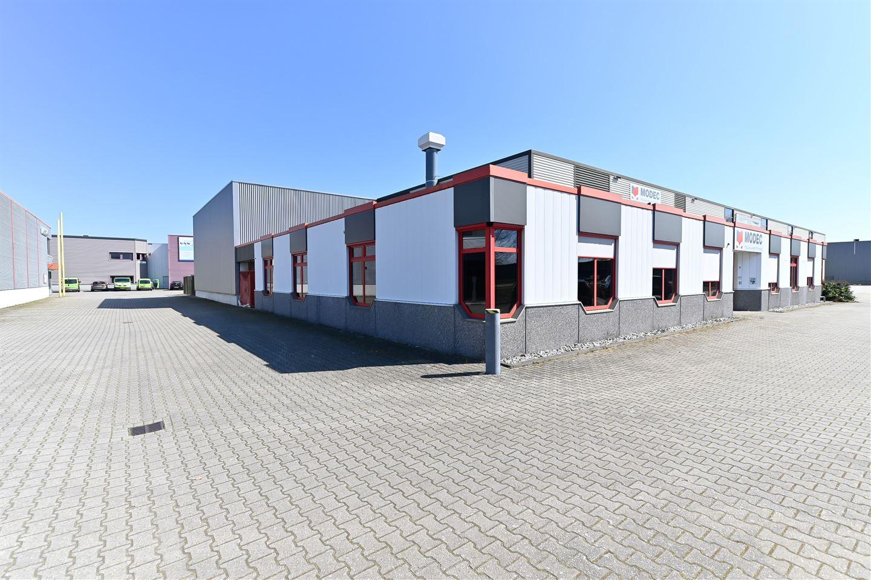 Bekijk foto 5 van Willem Barentszweg 8