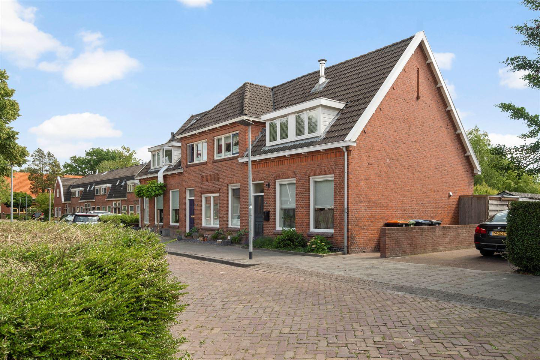 Bekijk foto 1 van Wethouder Buningstraat 24