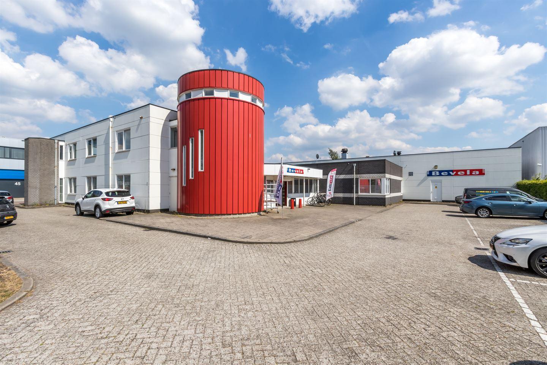 Bekijk foto 1 van Niels Bohrweg 171
