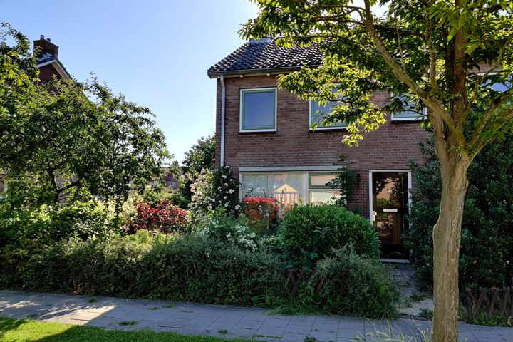 Van Steenstraat 32