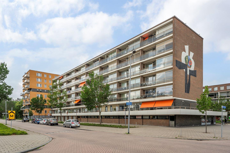 Bekijk foto 2 van van Baerlestraat 75