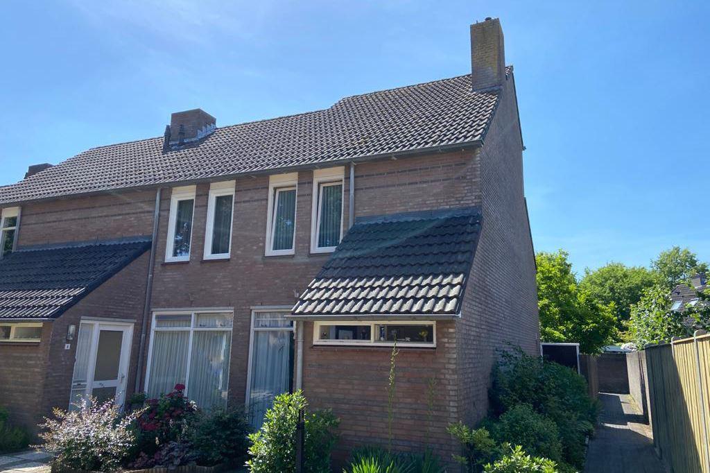 Bekijk foto 2 van Banierstraat 2