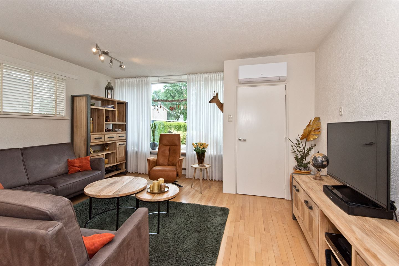 Bekijk foto 2 van De Vries Lamstraat 11