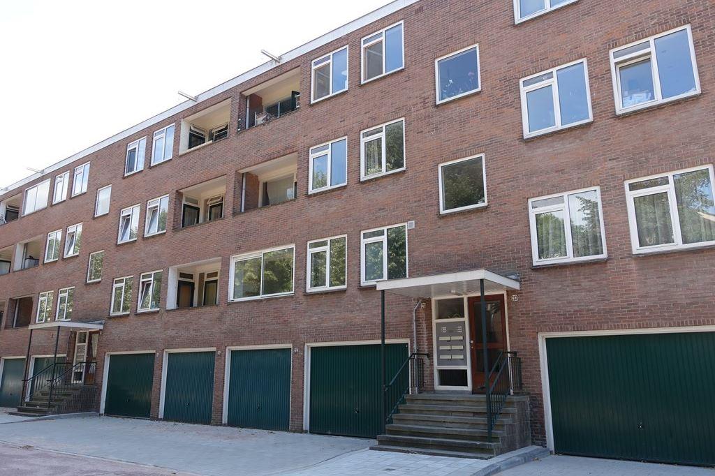 Bekijk foto 1 van Kastelenstraat 211 I