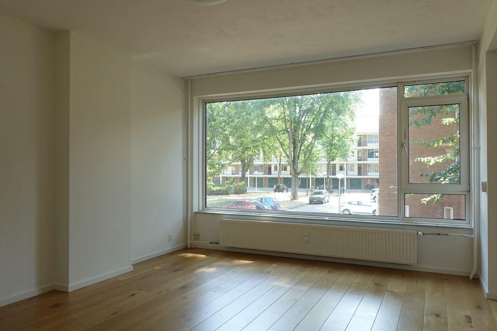 Bekijk foto 2 van Kastelenstraat 211 I