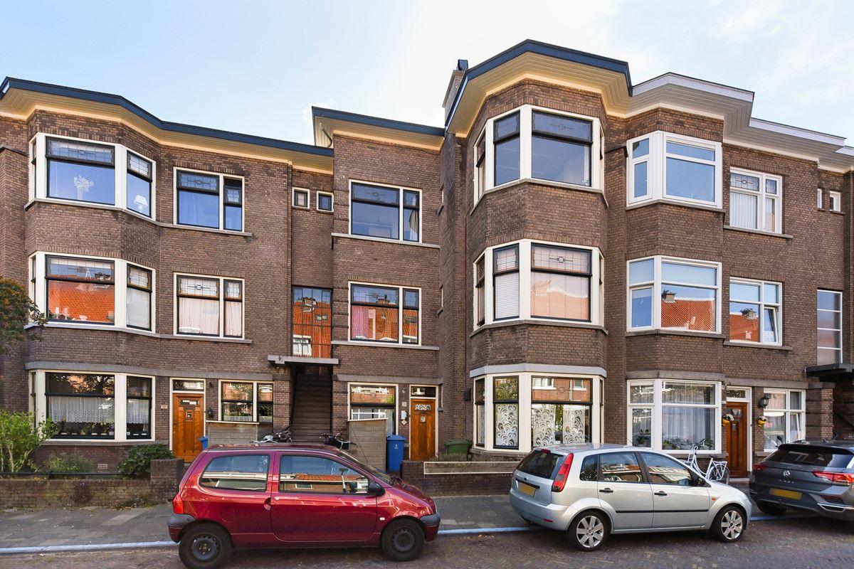 Bekijk foto 1 van van Faukenbergestraat 35