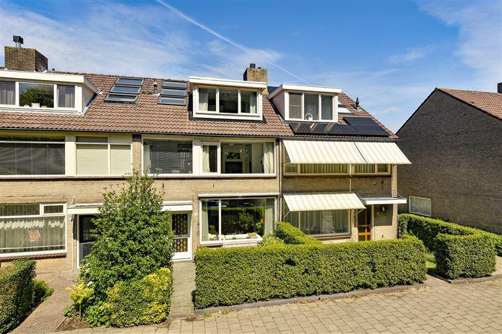 Jacob van Ruisdaelweg 23