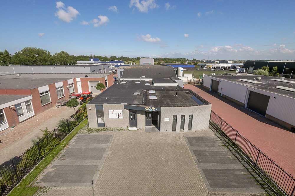 Bekijk foto 1 van Pastoor Koopmanweg 3