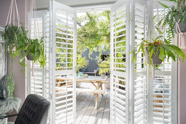 View photo 2 of Aart van der Leeuwstraat 41