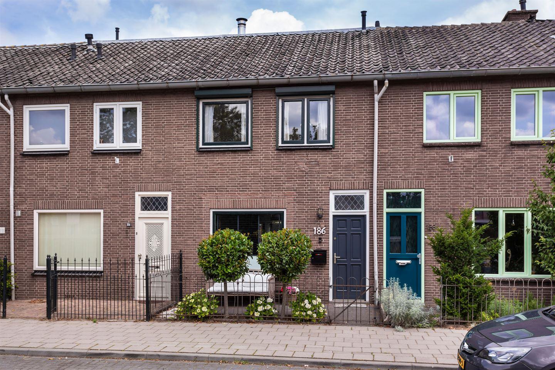 Bekijk foto 1 van Arnhemseweg 186
