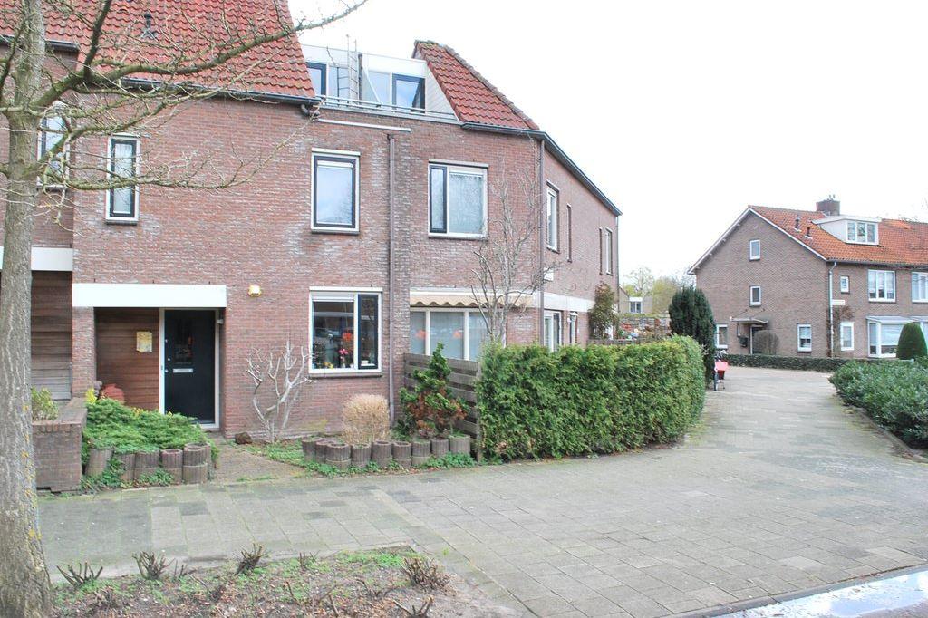 Bekijk foto 1 van Anne Frankstraat 5