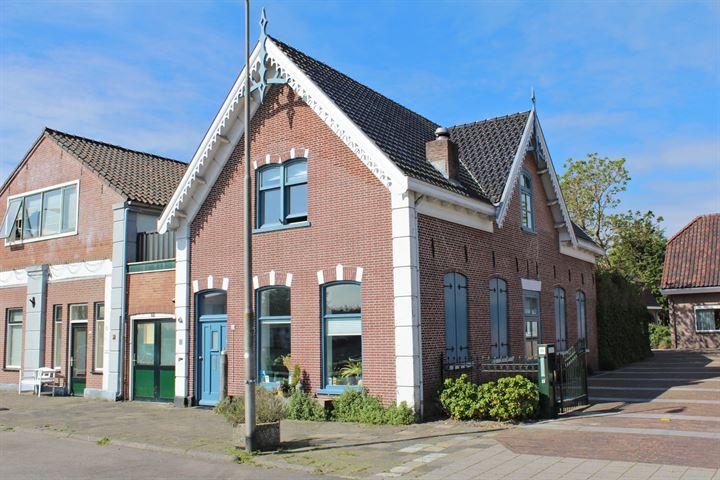 Kerkstraat 32