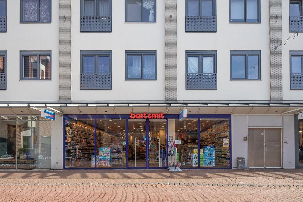 Bekijk foto 1 van Agnietenstraat 8